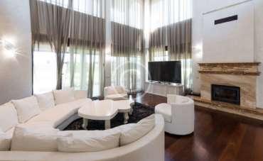 Stylish Sitting Room Curtains